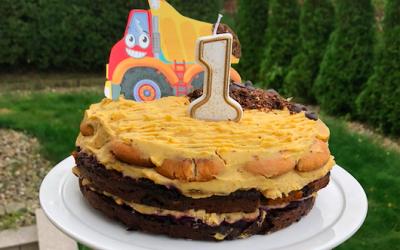 Tort wegański dyniowy z kremem dyniowym bez cukru
